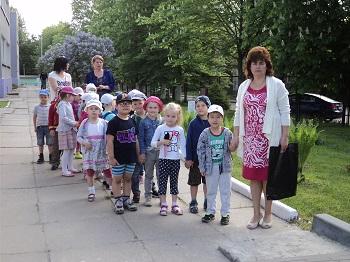 к выходу из детского сада готовы!
